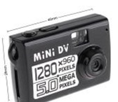 Фотография в Электроника и техника Видеокамеры Самый маленький видеорегистратор со встроенной в Томске 3200