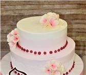 Фото в Развлечения и досуг Организация праздников Изготовление тортов на свадьбу, день рождения, в Москве 950