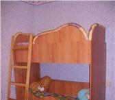 Изображение в Мебель и интерьер Мягкая мебель Продаю кровать двухъярусную для детей 2 - в Заполярный 7000