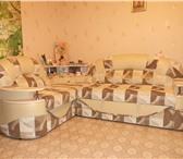 Foto в Мебель и интерьер Мягкая мебель Диван приятного бежевого цвета,  с  кожаной в Перми 18000