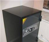 Фотография в Мебель и интерьер Офисная мебель Продается сейф Topaz BST-900 повышенной огнестойкости в Екатеринбурге 16000